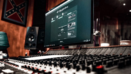 Here Are Some Beginner Music Production Equipment Every Engineer Should Know